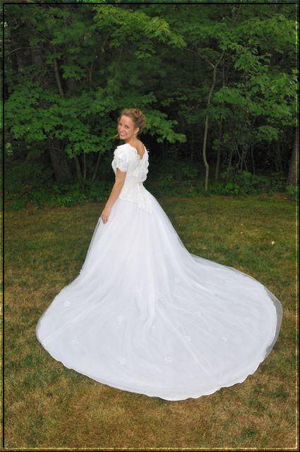 Wednesday Wedding Details: The Dress