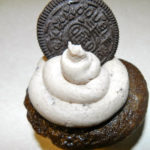 Cookies and Cream Cupcakes: Vegan Style