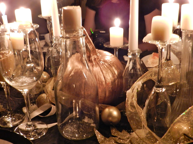 Halloween: Gold and Black Evening Soiree