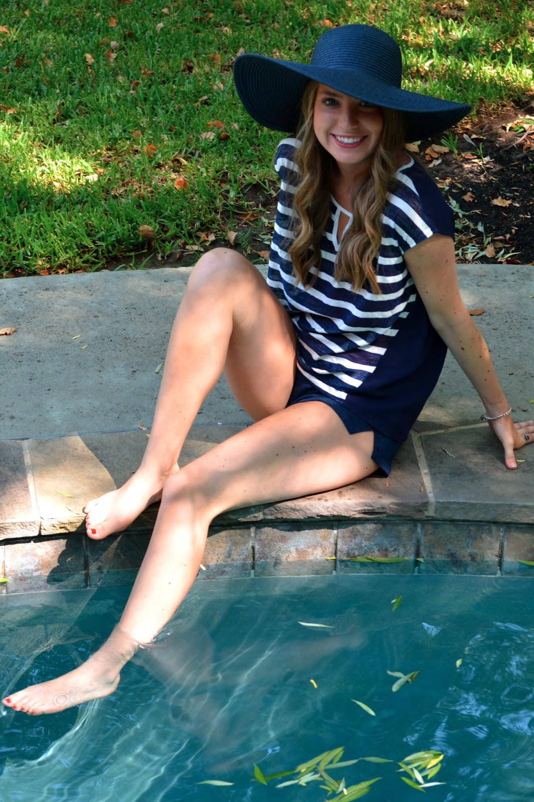 Poolside Style & Giveaway