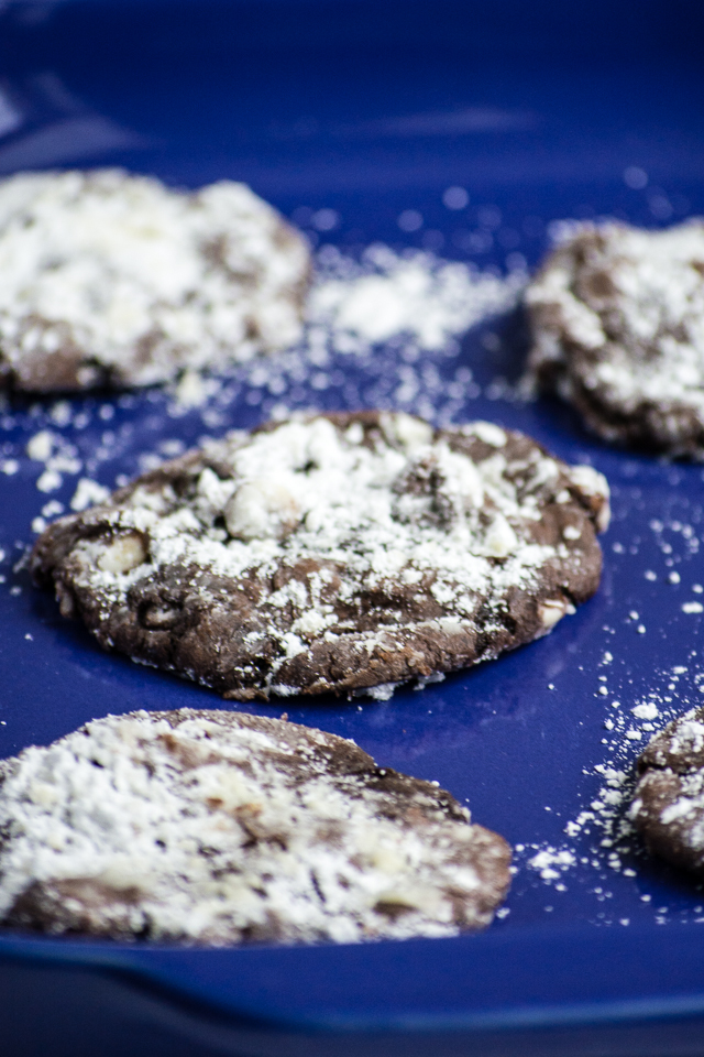 the easiest cake mix cookies - these are SO GOOD and always a crowd pleaser