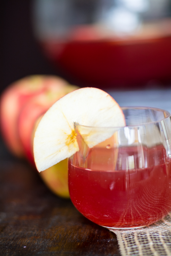 Apple Harvest Punch - perfect for fall and holiday entertaining!
