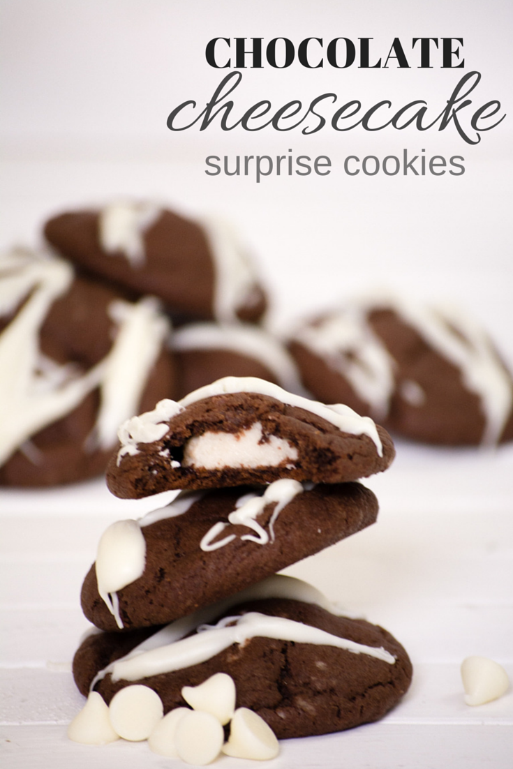 chocolate cheesecake cookies - perfect for all of the cookie exchanges and holiday parties (or, you know, eating the whole batch by yourself ;)