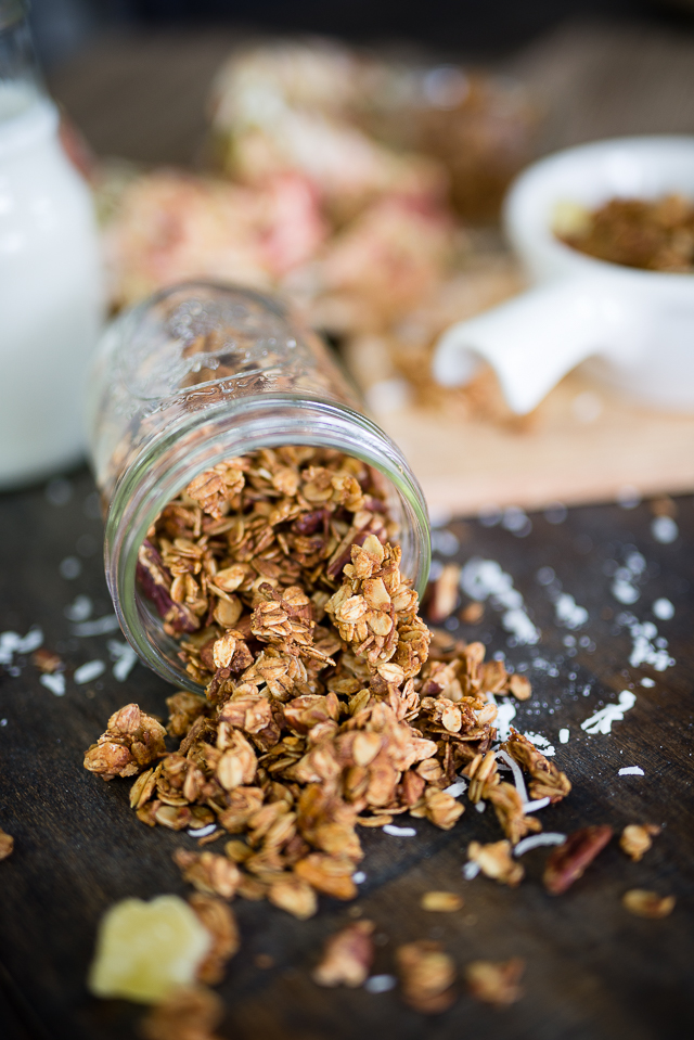 easy homemade coconut granola recipe