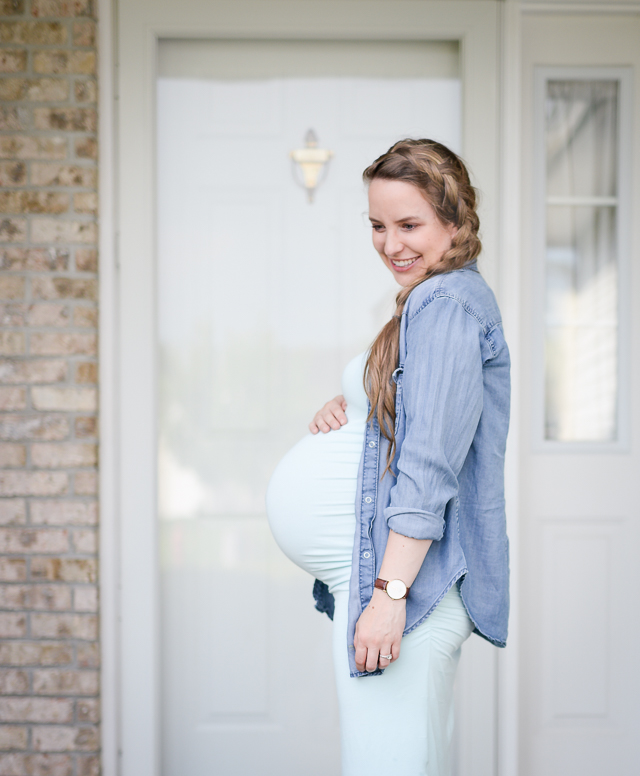00d8b04ae5 Here's a list of all the best places to buy cute maternity clothes for  pregnancy (online and in-store) along with the best maternity jeans.