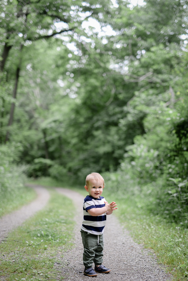 love these fun and cheap toddler activity ideas for when you're running out of things to do