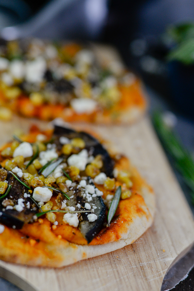 grilled-eggplant-and-goat-cheese-pizza-0512