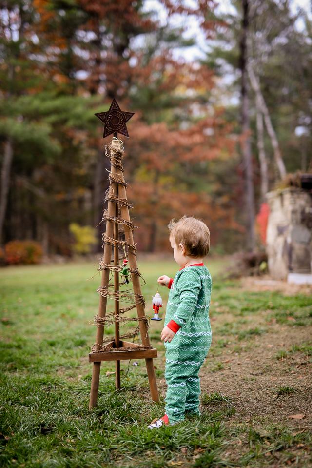 kids-matching-christmas-pajamas-with-carters-2049