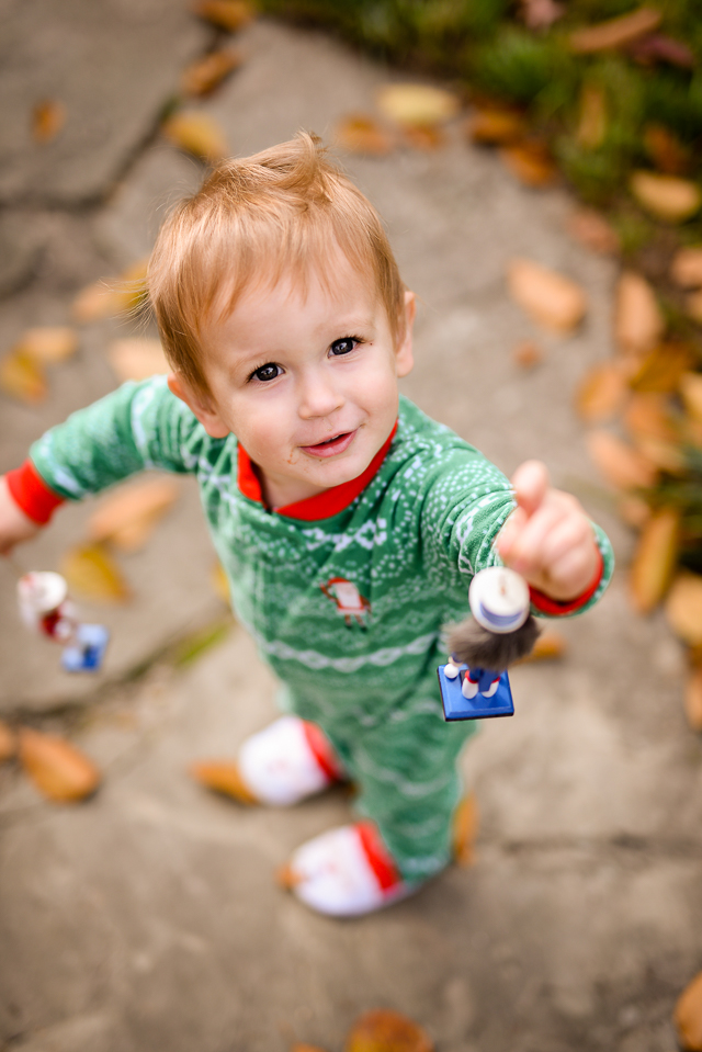 kids-matching-christmas-pajamas-with-carters-2059