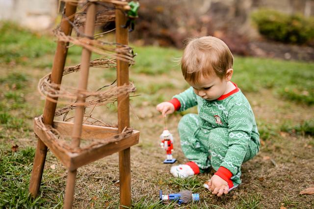 kids-matching-christmas-pajamas-with-carters-2076