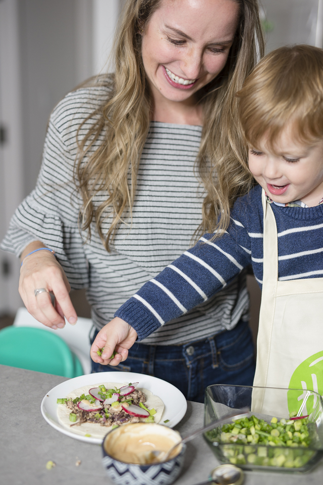 HelloFresh Review & City Living With Kids by Boston mom blogger Elisabeth McKnight