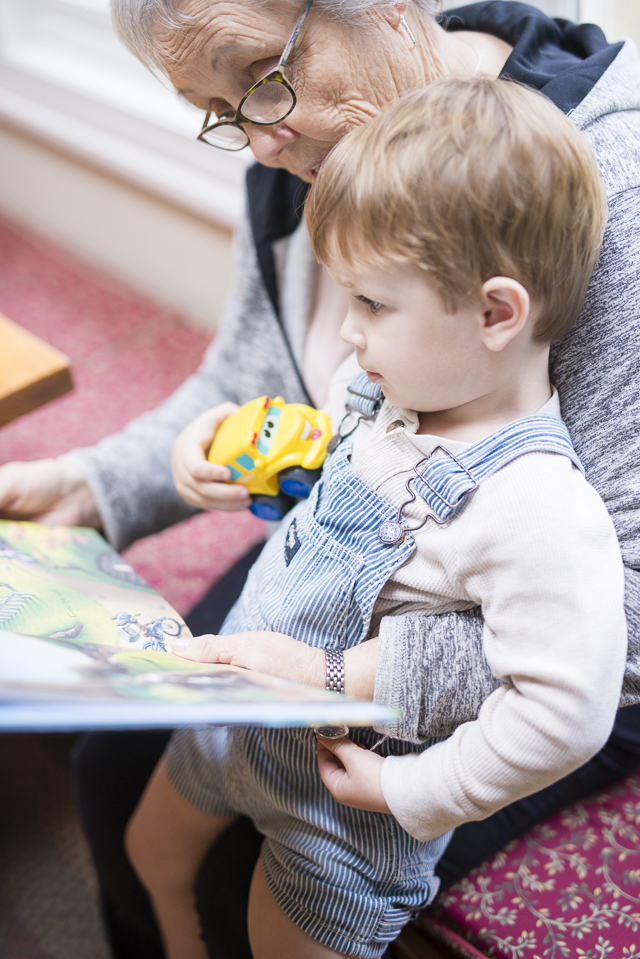 4 Generations Under 1 Roof & The Best Children's Picture Books by Boston lifestyle blogger Elisabeth McKnight